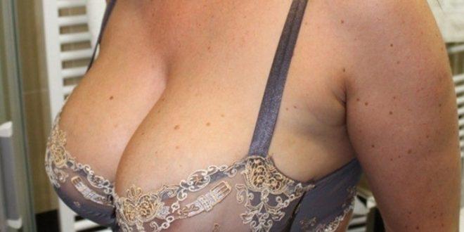 Mes gros seins dans mon soutif