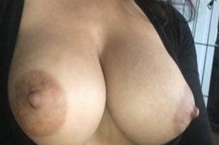 Ma poitrine sexy et généreuse