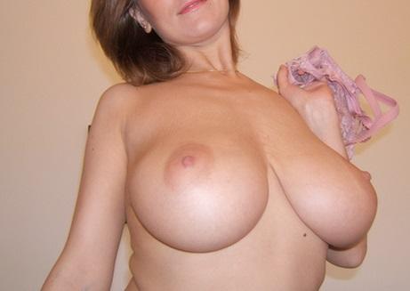 Photo sans soutif de ma grosse poitrine