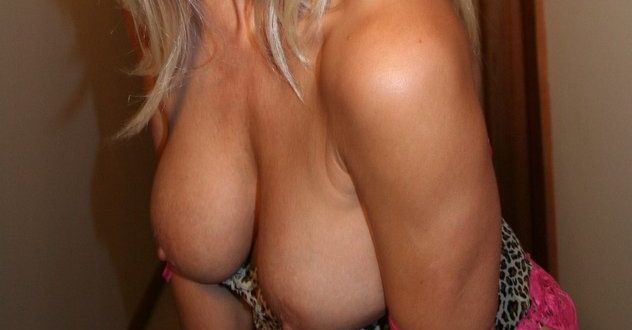 Topless et très sexy