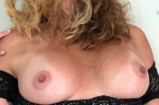 mes seins magnifiques et torrides