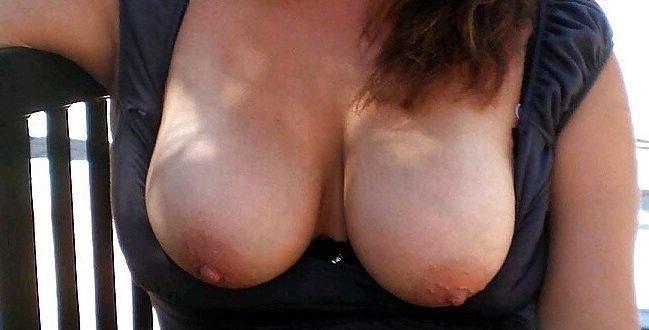 Mes gros seins en public